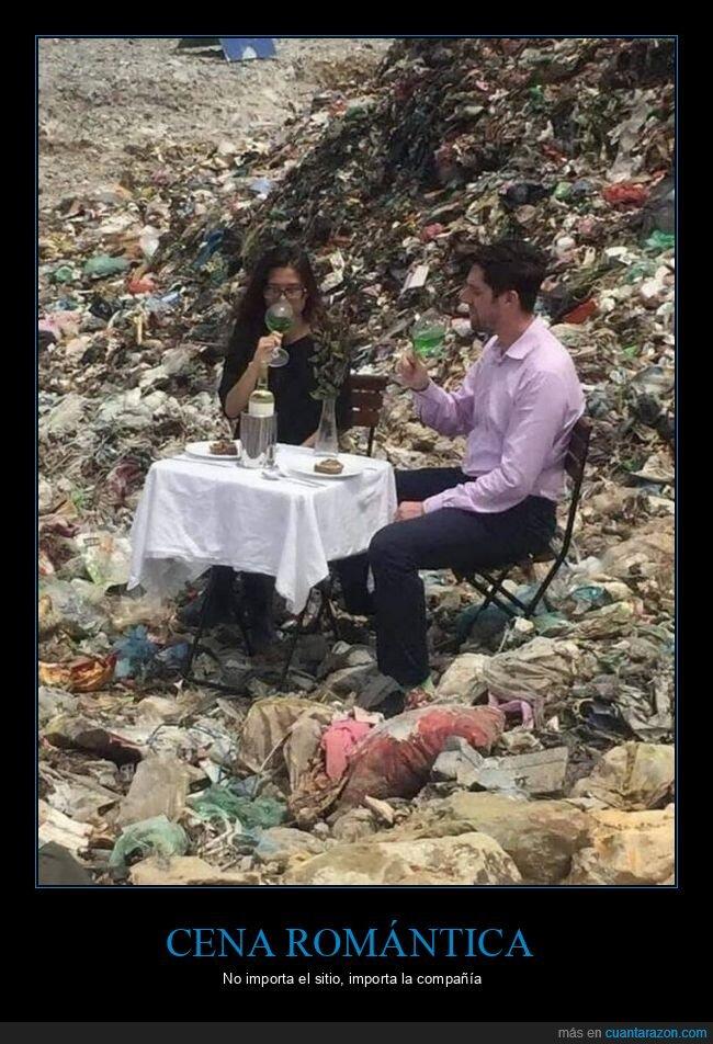 basurero,cena,pareja