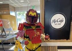 Enlace a Fan de Star Wars y McDonald's