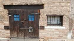 Enlace a Una puerta milenaria