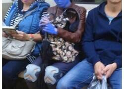 Enlace a Personas y situaciones que sólo puedes ver en el metro