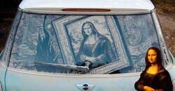 Enlace a Coches sucios que se convirtieron en lienzos para obras de arte