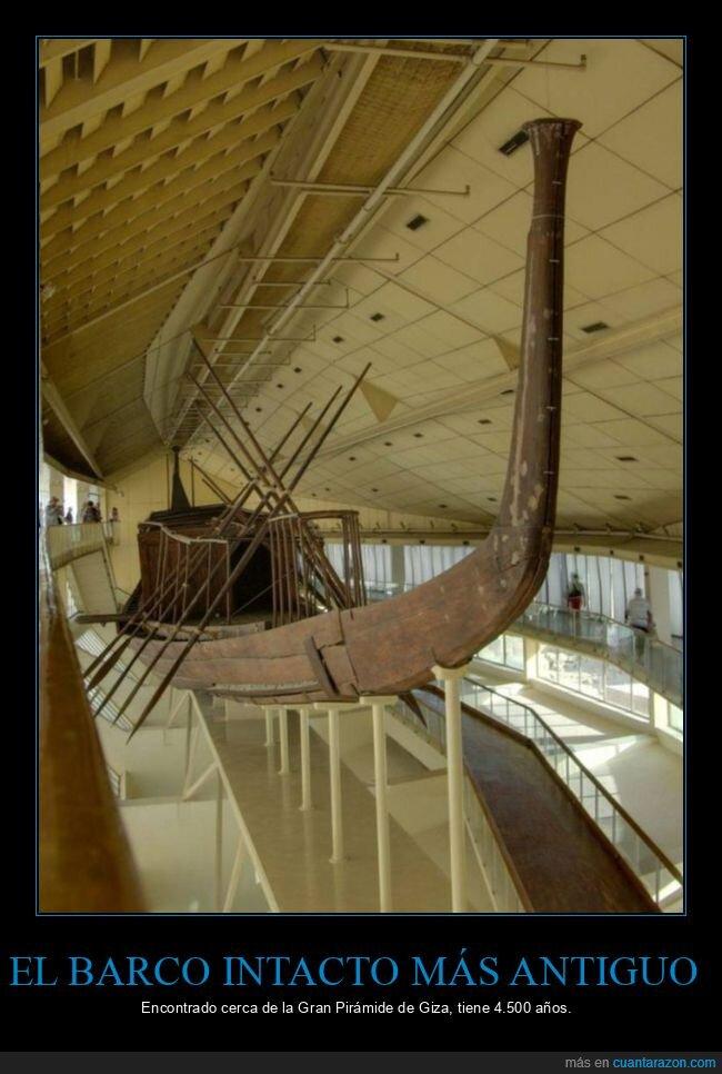 antiguo,barco,intacto