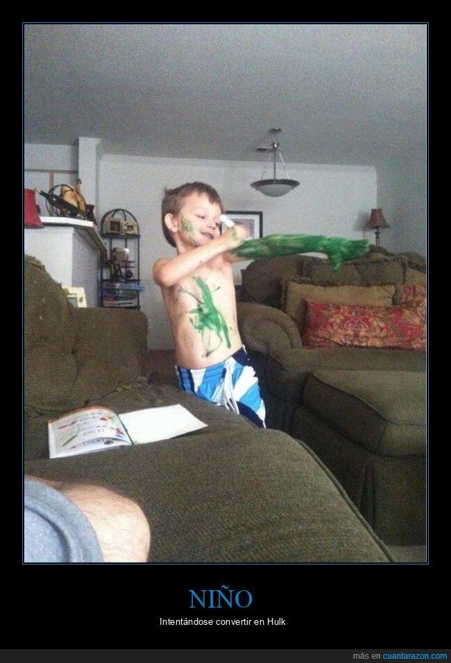 hulk,niño,pintándose,verde