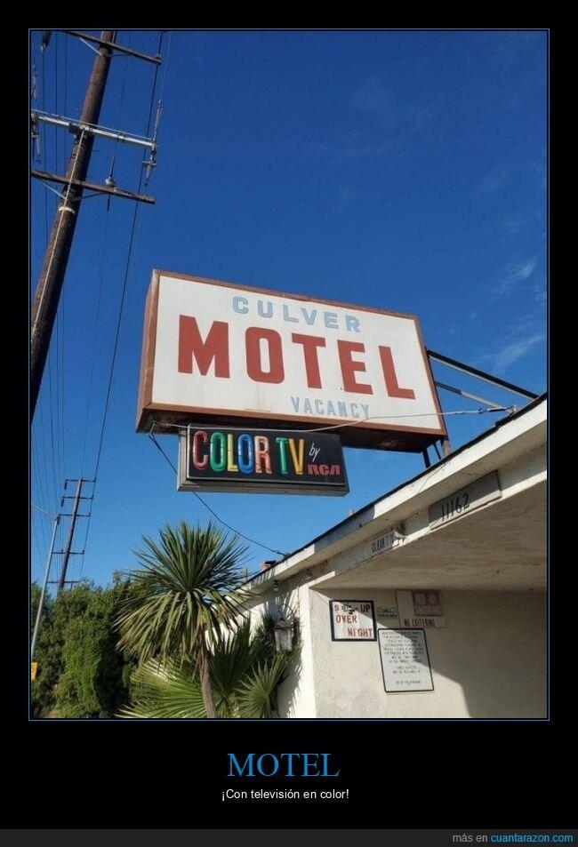 color,motel,televisión