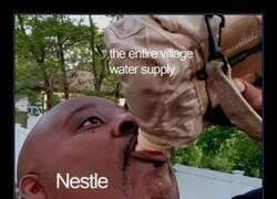 Enlace a Acaparando el agua