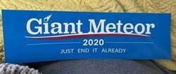 Enlace a Vota al meteorito gigante