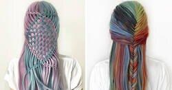 Enlace a Esta adolescente alemana crea peinados increíblemente intrincados