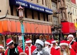 Enlace a Papá Noel monocromático