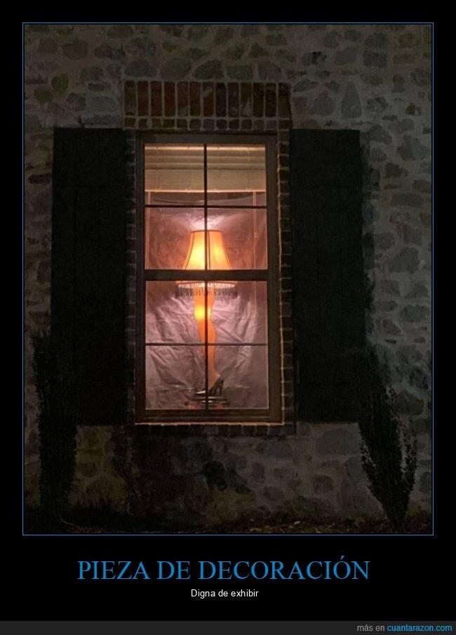 lámpara,pierna,ventana