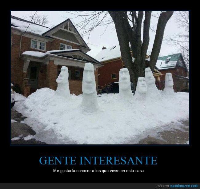 casa,moais,muñeco,nieve