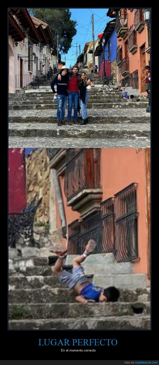 caída,escaleras,foto,niño,trompazo