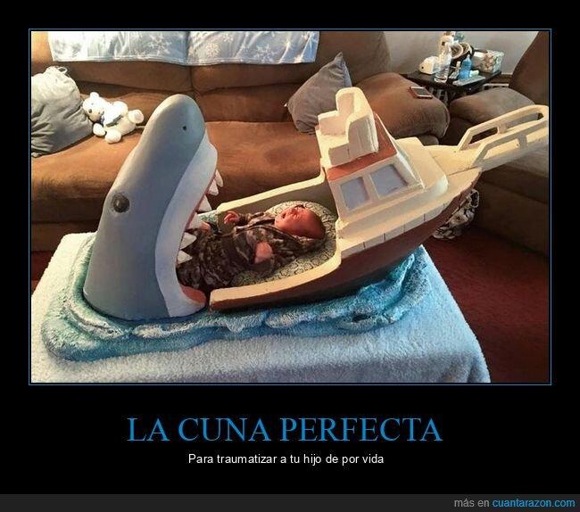 cuna,niño,tiburón,trauma