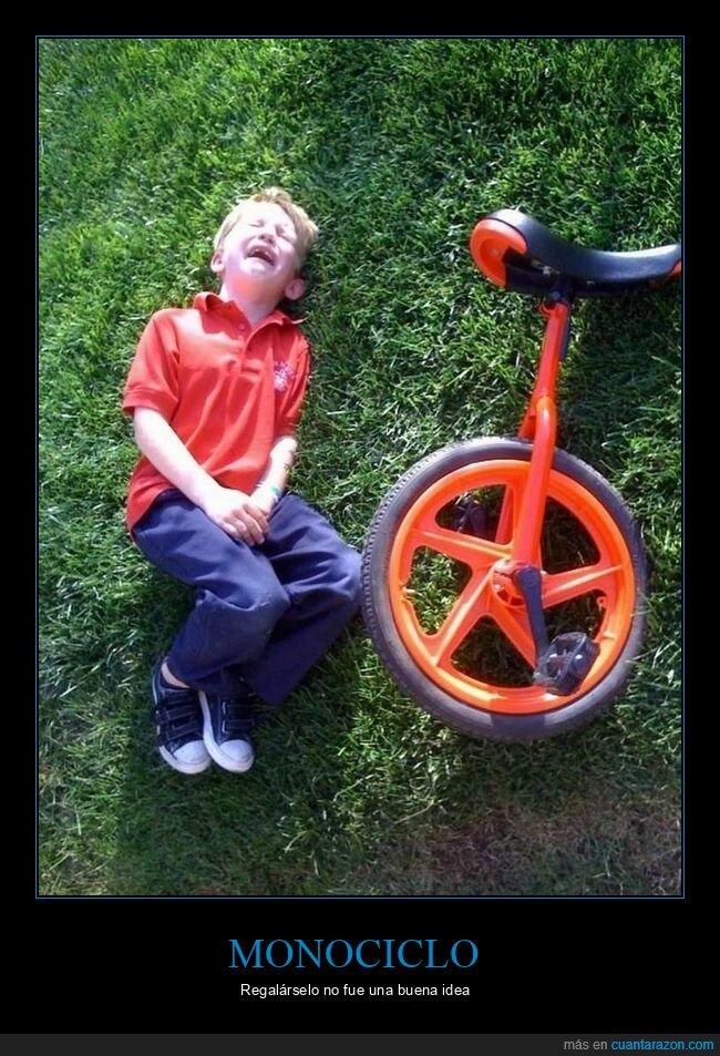 fails,monociclo,niño,regalo