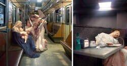 Enlace a Este artista ucraniano coloca personajes clásicos en escenas modernas, y el resultado es espectacular