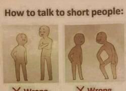 Enlace a Cómo hablar con personas bajitas