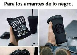 Enlace a Negro muy negro