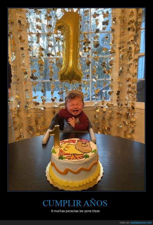 cumpleaños,llorando,niño