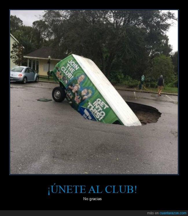 agujero,fails,furgoneta