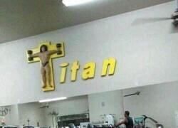 Enlace a Cuando eres muy religioso y montas un gym