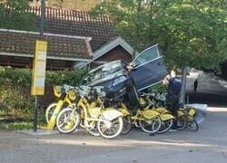 Enlace a Las bicicletas se interpusieron en su camino