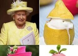 Enlace a El hilo de la realeza definitivo: Isabel II como postres