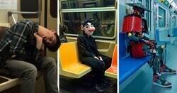 Enlace a Personas muy extrañas con las que quizá te encontrarás si viajas en el transporte público
