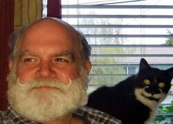 Enlace a Par de bigotes