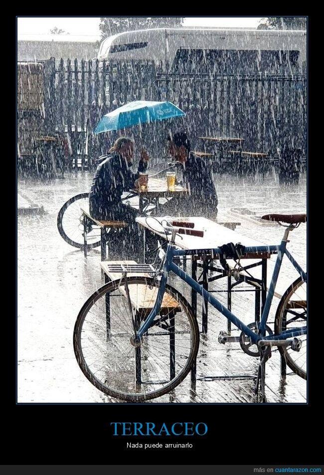 lloviendo,paraguas,terraza