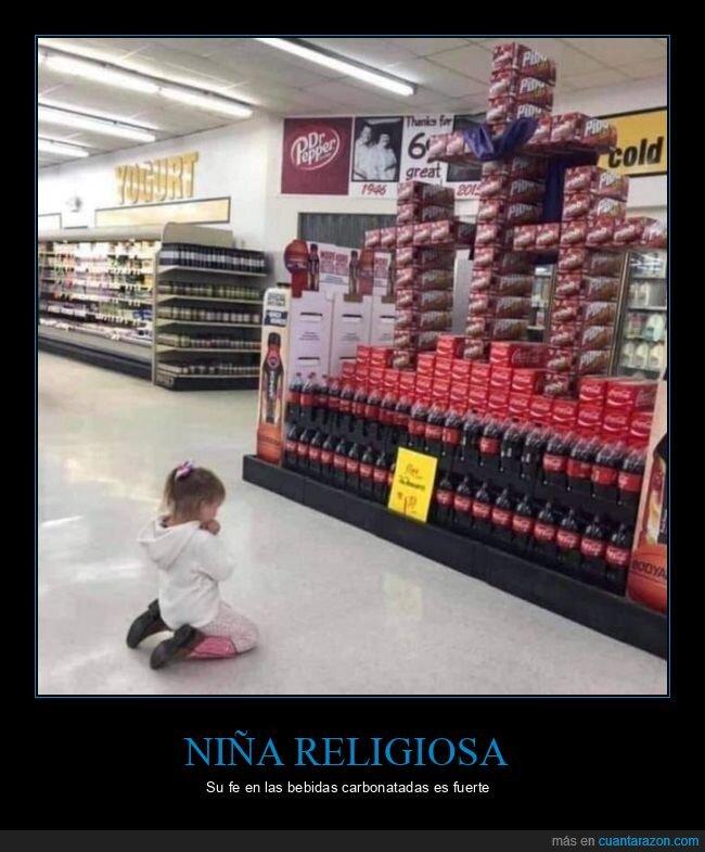 niña,refrescos,rezando,supermercado