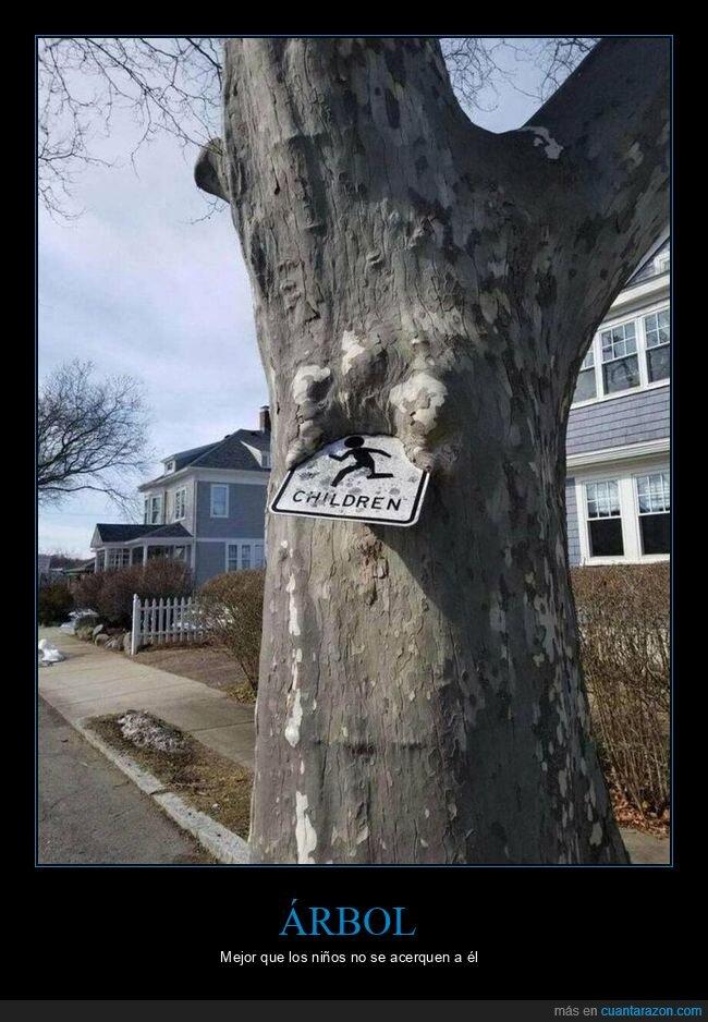 árbol,cartel,comiendo,niños