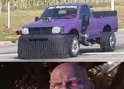 Enlace a Si Thanos fuera un vehículo