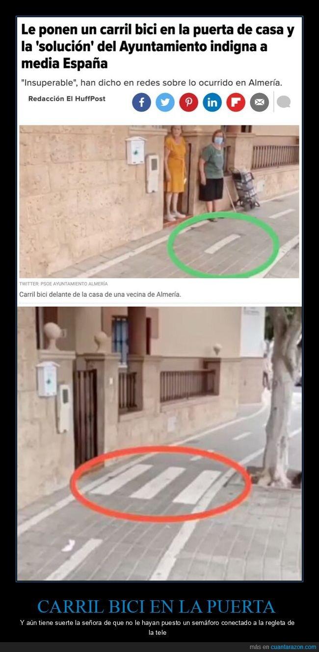 ayuntamiento,carril bici,puerta