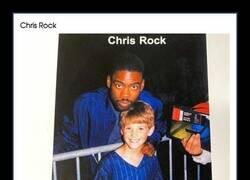 Enlace a Cuando era un niño no paraba de hacerse fotos con famosos de los 90