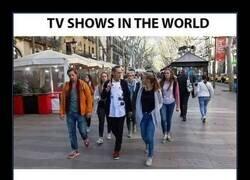 Enlace a TV en el mundo VS TV en Japón