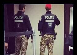 Enlace a Fashion police