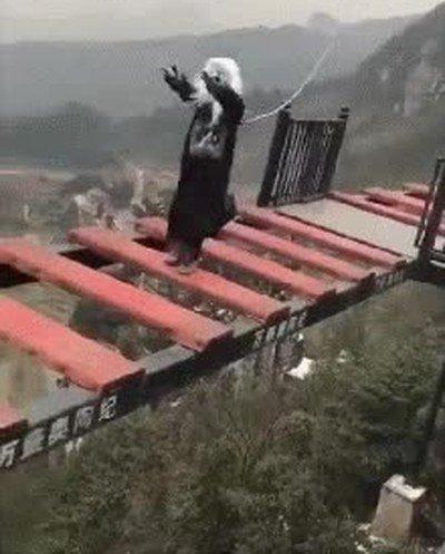 Enlace a Los zombies no tienen miedo a morir...espera