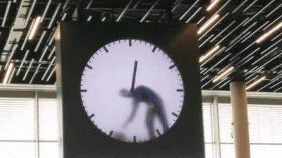 Enlace a A ver si te pensabas que esos relojes cambian la hora automáticamente
