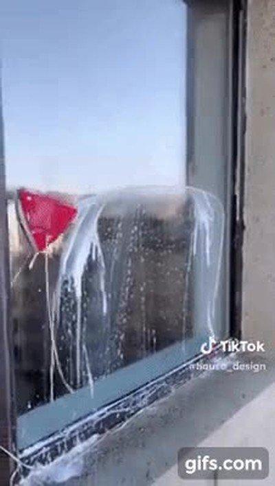 Enlace a Truco para limpiar las ventanas desde dentro