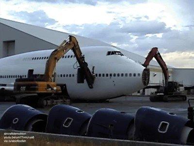 Enlace a Así se destruye un Boeing 747