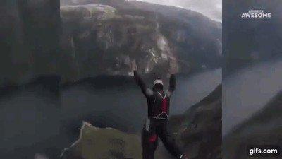 Enlace a Hay que ser muy valiente para atreverse a hacer este salto