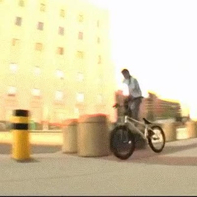 Enlace a Bikour, el parkour ahora con bicis