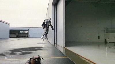 Enlace a La prueba de que el traje de Ironman existe en la vida real
