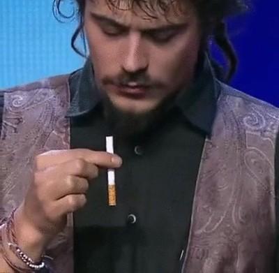 Enlace a Cuando hasta los cigarrillos te trollean