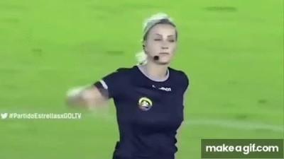 Enlace a Fernanda es la árbitro más troll de la historia del fútbol