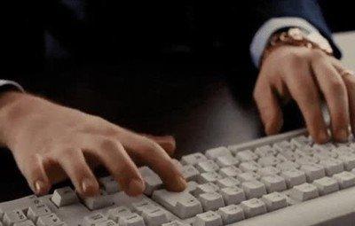 Enlace a Yo cuando mi madre me dice que luego tiene que usar mi portátil
