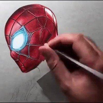 Enlace a Time lapse de un aluicinante dibujo de spiderman