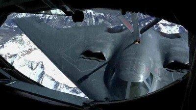 Enlace a Repostaje en pleno vuelo del B-2-Spirit Bomber