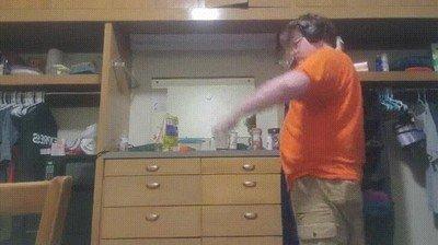Enlace a Practicar tu habilidad con el yoyo puede ser peligroso