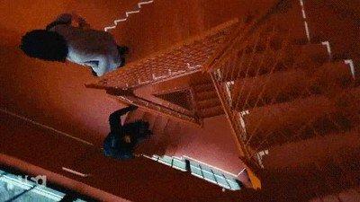 Enlace a Un plano alucinante para filmar cómo se bajan unas escaleras