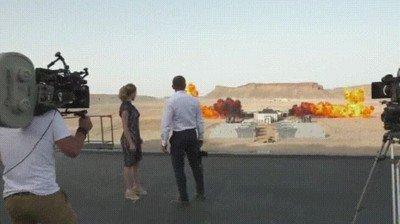 Enlace a Grabando la explosión más larga de la historia del cine